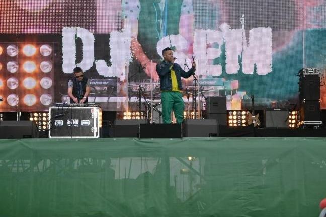 Десять тысяч черниговцев посетили концерт групп «НеАнгелы» и «ТІК», фото-7