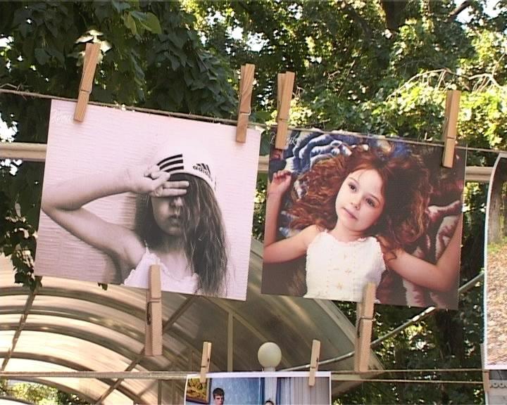 В Армавире прошла первая  «фотосушка» этого лета «Моя любимая семья» (фото) - фото 1