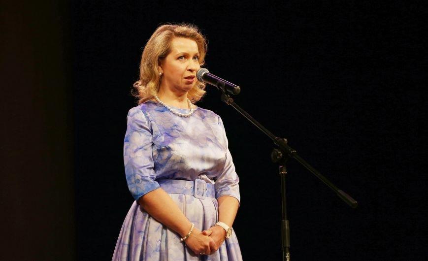 Супруга премьер-министра России в Ялте наградила семейные пары медалями «За любовь и верность» (ФОТО) (фото) - фото 2