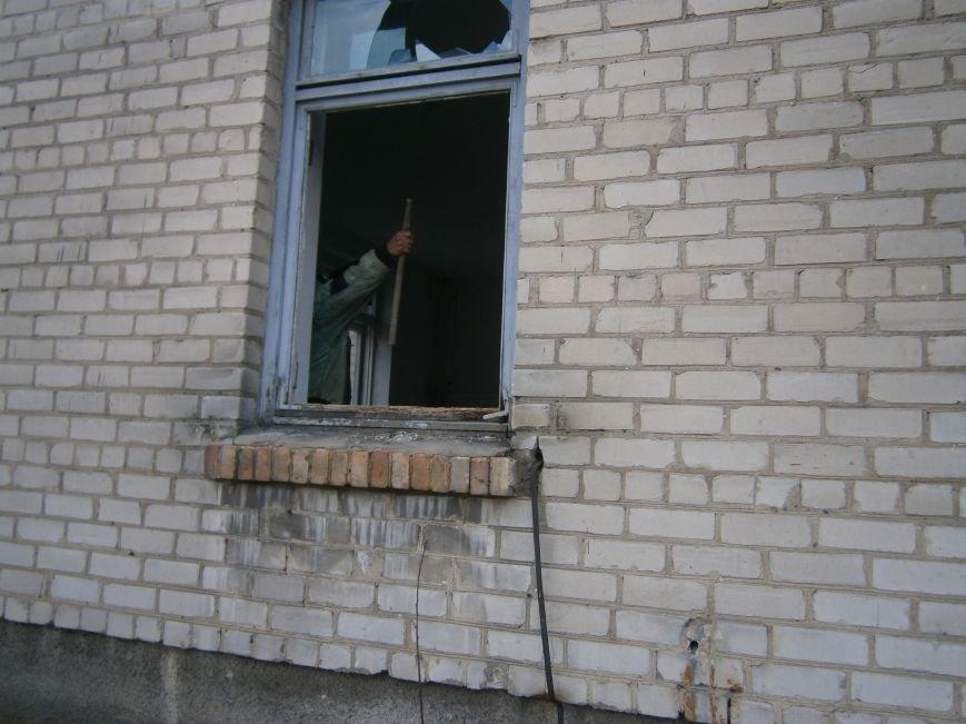 В Димитрове намерены восстановить 3 корпуса больницы, разрушение которых допустила нынешняя местная власть (ФОТО) (фото) - фото 5