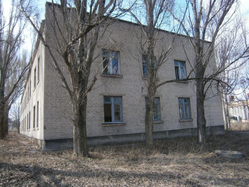 В Димитрове намерены восстановить 3 корпуса больницы, разрушение которых допустила нынешняя местная власть (ФОТО) (фото) - фото 10