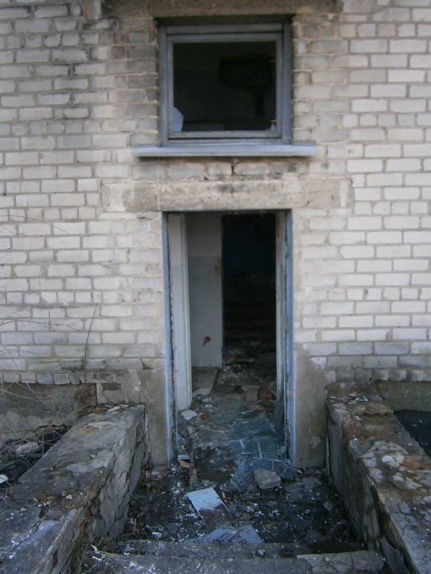 В Димитрове намерены восстановить 3 корпуса больницы, разрушение которых допустила нынешняя местная власть (ФОТО) (фото) - фото 2