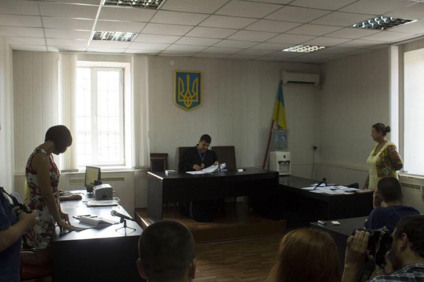 В Днепродзержинске судья рассказал, как бороться с незаконным повышением тарифов на проезд в маршрутках (фото) - фото 1