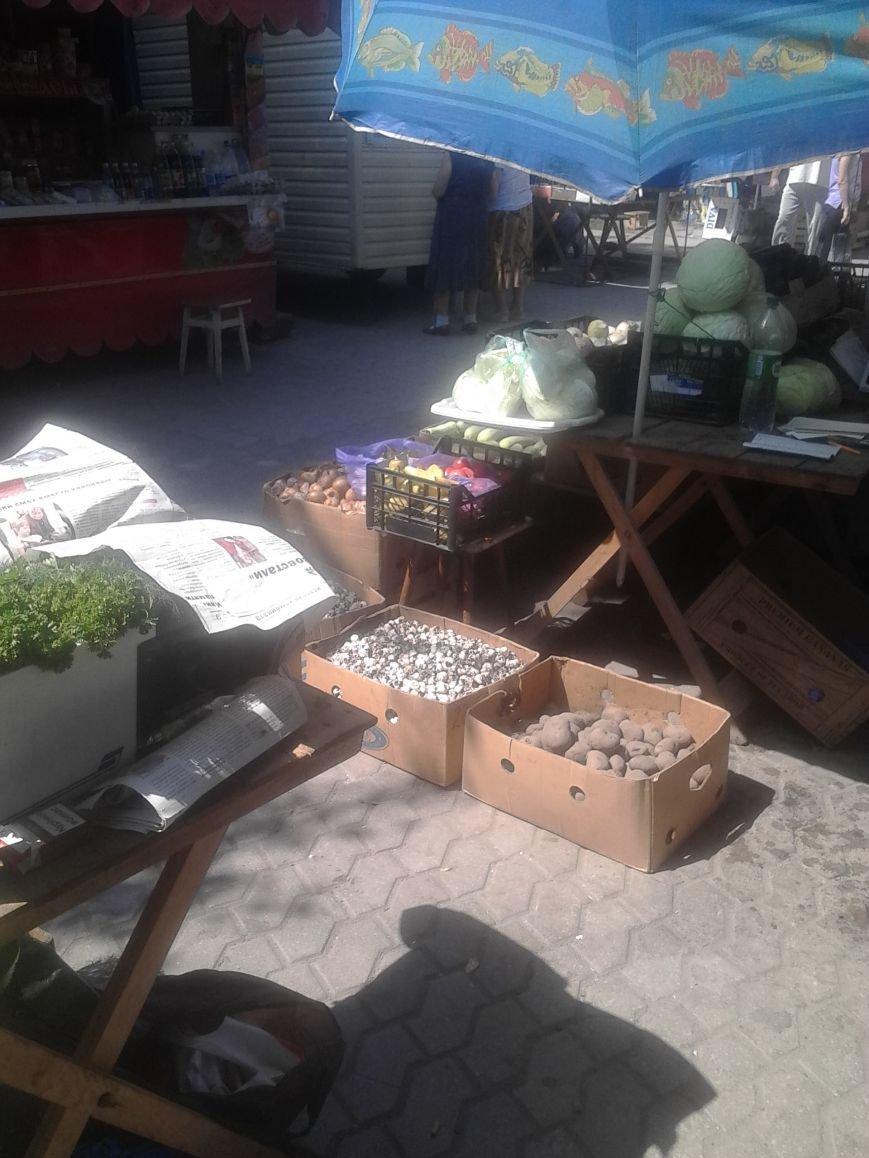 Мариупольцы жалуются на стихийную торговлю на Левобережье (ФОТО), фото-3
