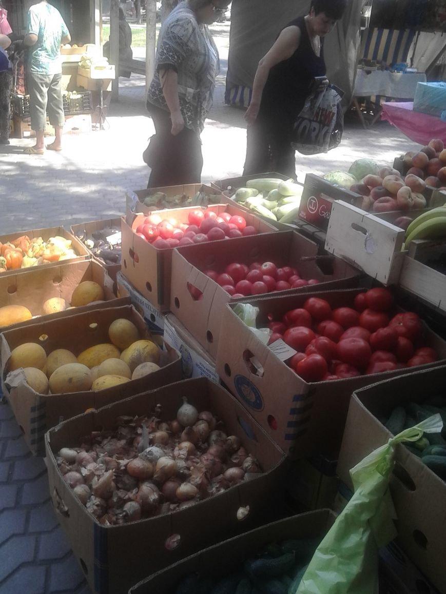 Мариупольцы жалуются на стихийную торговлю на Левобережье (ФОТО), фото-2