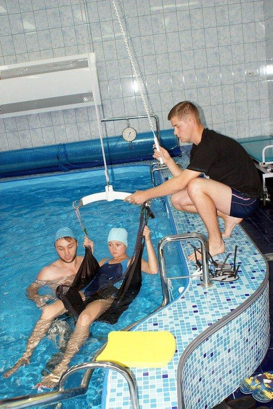 У Львові відкрили унікальний реабілітаційний кабінет-басейн для відновного лікування воїнів АТО (фото) - фото 5