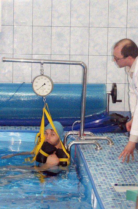 У Львові відкрили унікальний реабілітаційний кабінет-басейн для відновного лікування воїнів АТО (фото) - фото 1