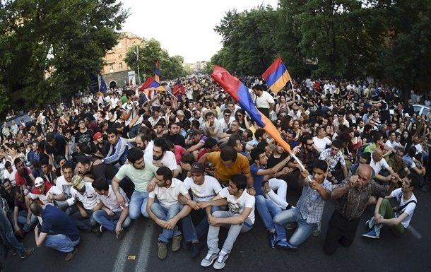 Самвел Мовсесян: «Населению Армении во время протестов приходится взвешивать каждое свое действие» (фото) - фото 2