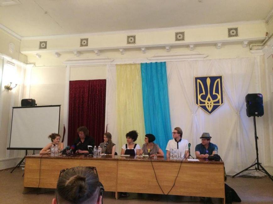 Международный архитектурный десант ассоциирует Мариуполь с «лагерем» и постсоциалистическим городом (ФОТО), фото-2