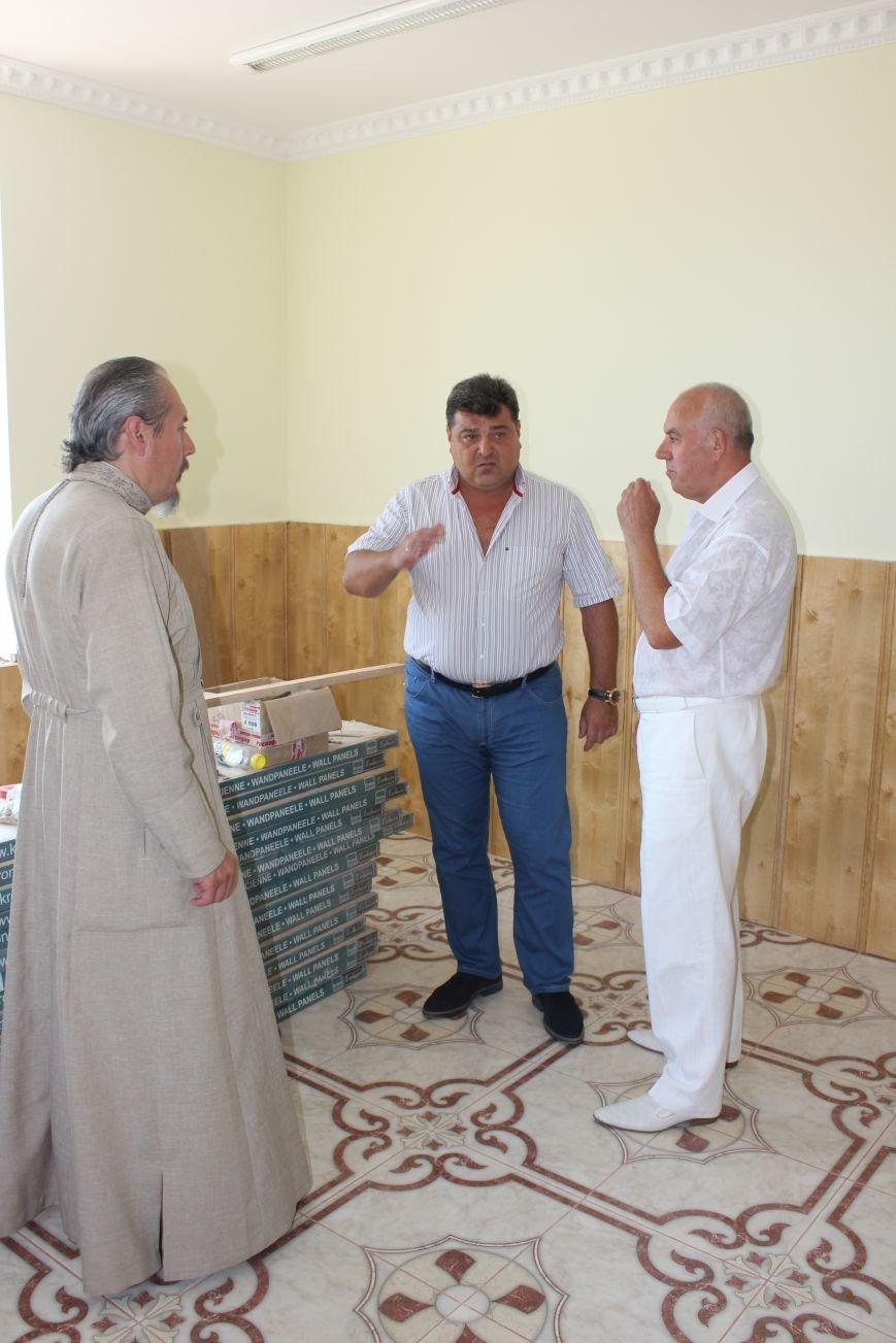 Украинская церковь поблагодарила Артемовских меценатов, фото-2