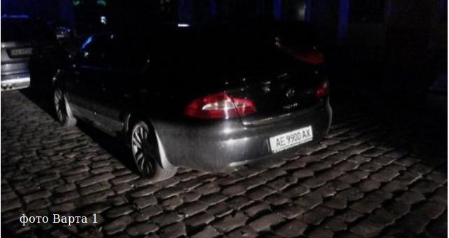 В Кривом Роге: на ходу у маршрутки отлетело колесо, в парках начали устанавливать светодиодное освещение, задержан пьяный мажор-водитель (фото) - фото 3
