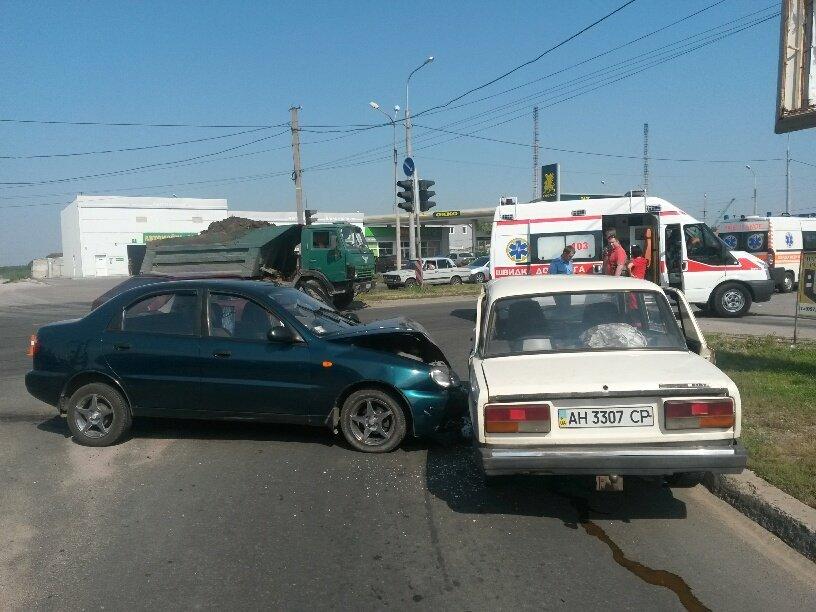 Тройное ДТП в Мариуполе: пострадали 2 человека (ФОТО), фото-5