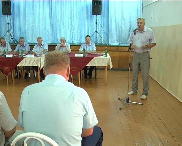 В поселке Мясокомбинат прошел сход граждан с участием представителей власти (фото) - фото 1