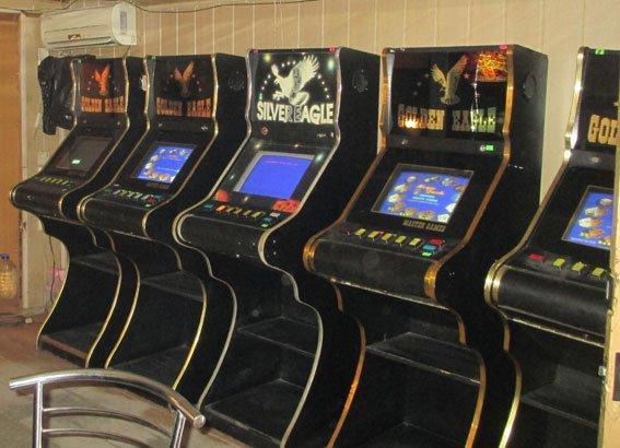В Запорожье милиция закрыла три зала игровых автоматов (ФОТО) (фото) - фото 2