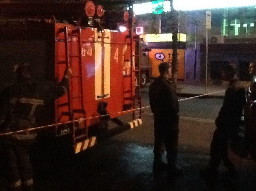 Пожар в центре Харькова: горела сауна на пятом этаже жилого дома (ФОТО) (фото) - фото 1