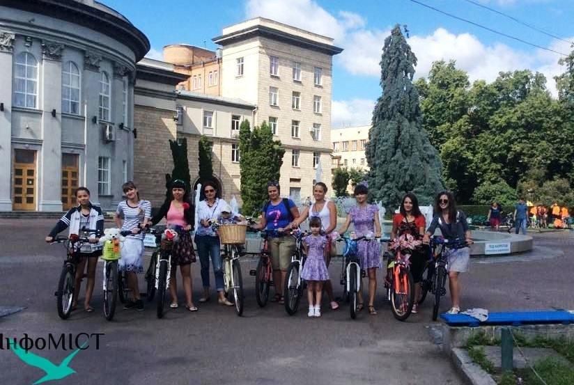 Стратував IV Черкаський Велопарад Дівчат (фото), фото-1