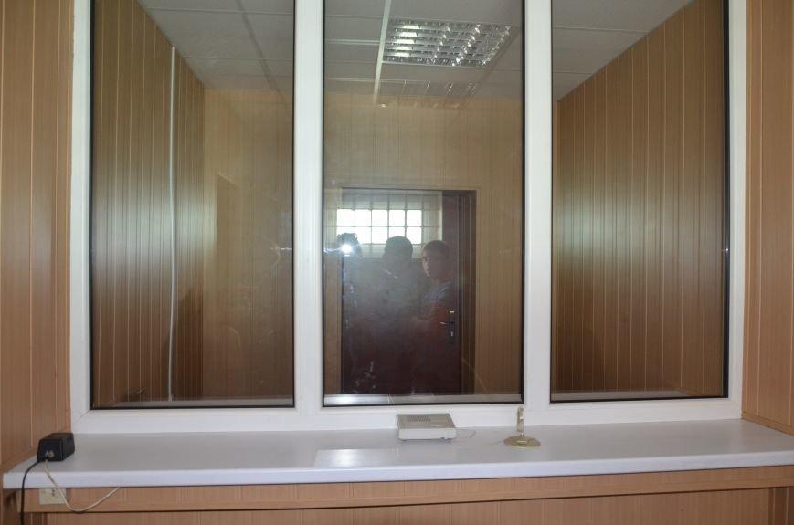 Мариупольским подросткам показали, что скрывается за колючей проволокой (ФОТО+ВИДЕО), фото-3