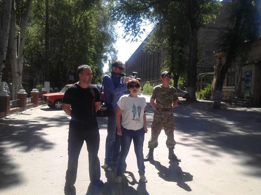 «Правый сектор» пикетировал Жовтневый райотдел милиции Мариуполя (ФОТО), фото-3