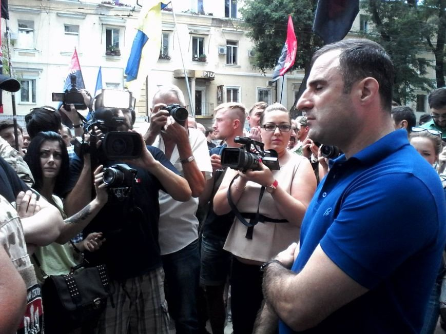 После событий в Мукачево одесский «Правый Сектор» напомнил о возможности третьего Майдана (ФОТОРЕПОРТАЖ) (фото) - фото 1
