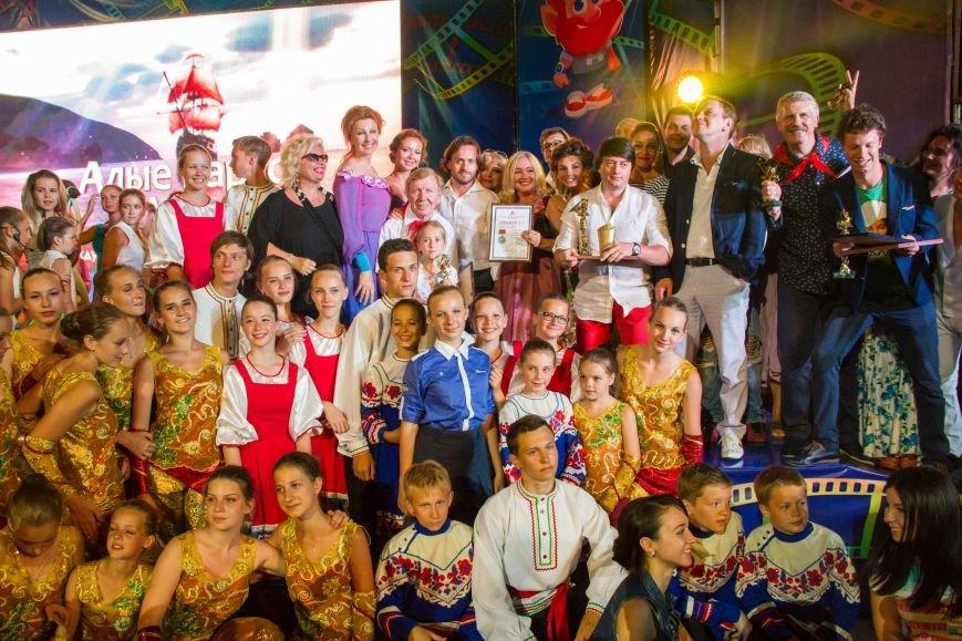 В Крыму завершился Международный детский кинофестиваль «Алые паруса». Лучшим фильмом названа военная драма «Единичка» (ФОТО, ВИДЕО) (фото) - фото 10