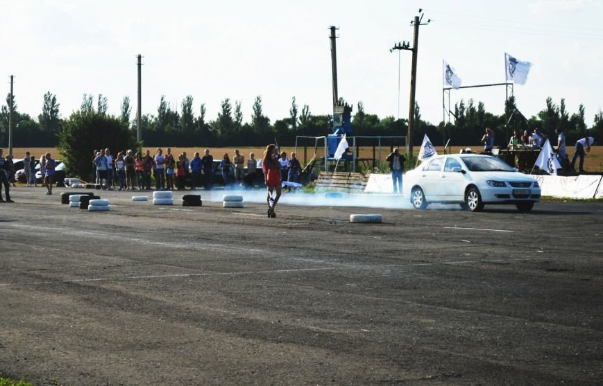 Адреналин в крови: в Красноармейском районе прошли гонки в стиле дрэг-рейсинг (фото) - фото 2