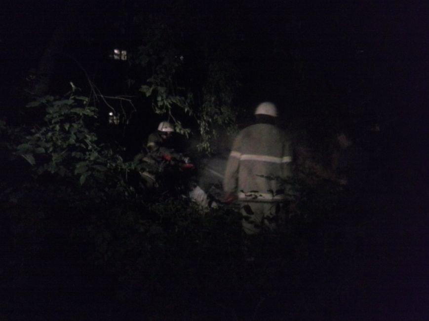 В Красноармейске ЧП: в м-не «Южный» взорвалась машина (ОБНОВЛЯЕТСЯ) (фото) - фото 1