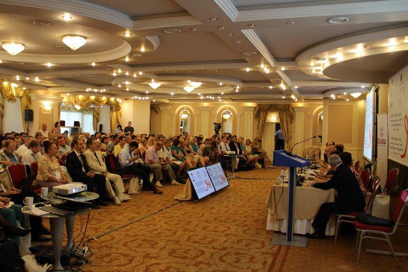 Пенітенціарії Полтавщини взяли участь у конференції «Охорона здоров'я за ґратами» (фото) - фото 1