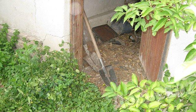 Труп жителя Тернопільщини знайшли… закопаним на городі (ФОТО) (фото) - фото 1