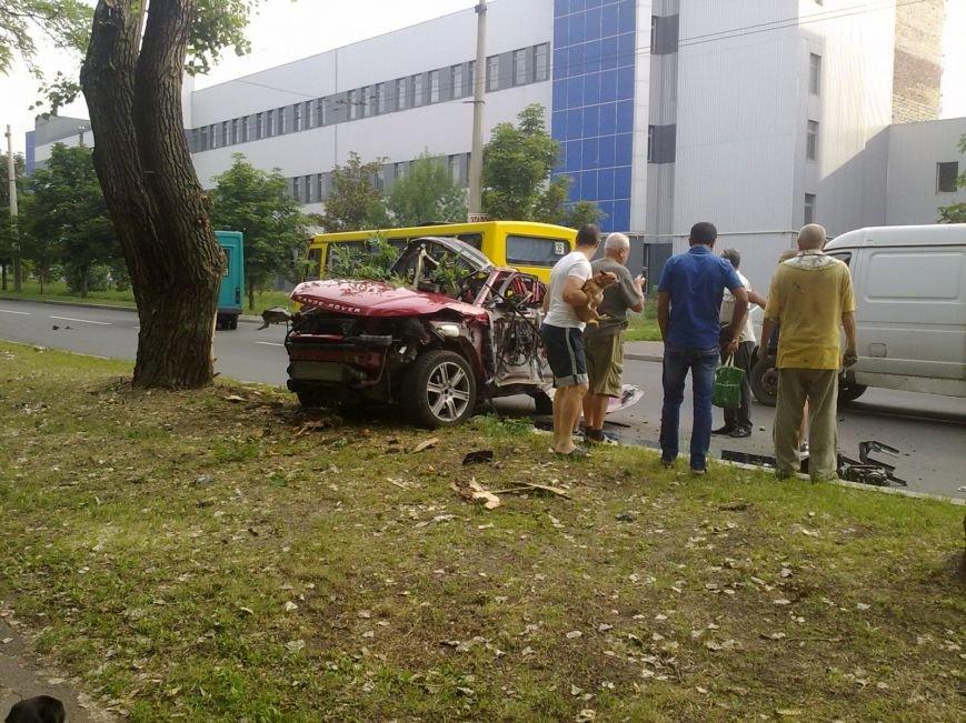 Взрыв Range Rover в Донецке мог быть покушением на Захарченко, - источник (ФОТО), фото-1