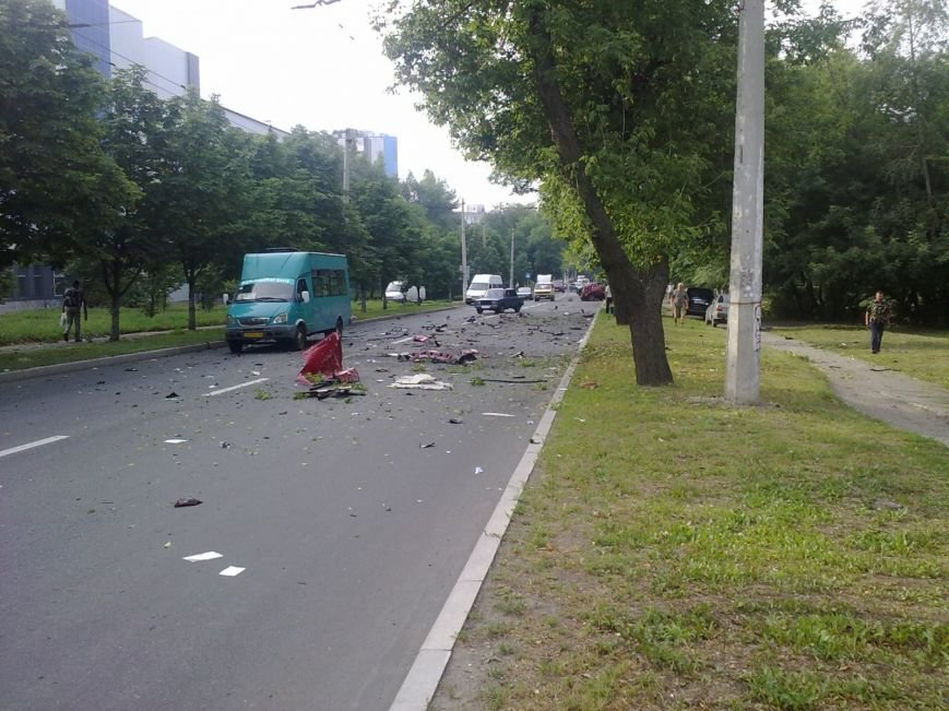 Взрыв Range Rover в Донецке мог быть покушением на Захарченко, - источник (ФОТО), фото-3