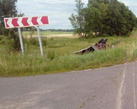 На Сумщине мопед столкнулся с ГАЗелью. Есть жертвы (ФОТО+ВИДЕО), фото-1