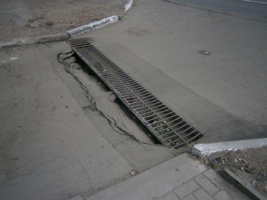 Попытка усовершенствовать ливневую систему в Димитрове – провалилась (фото) - фото 6