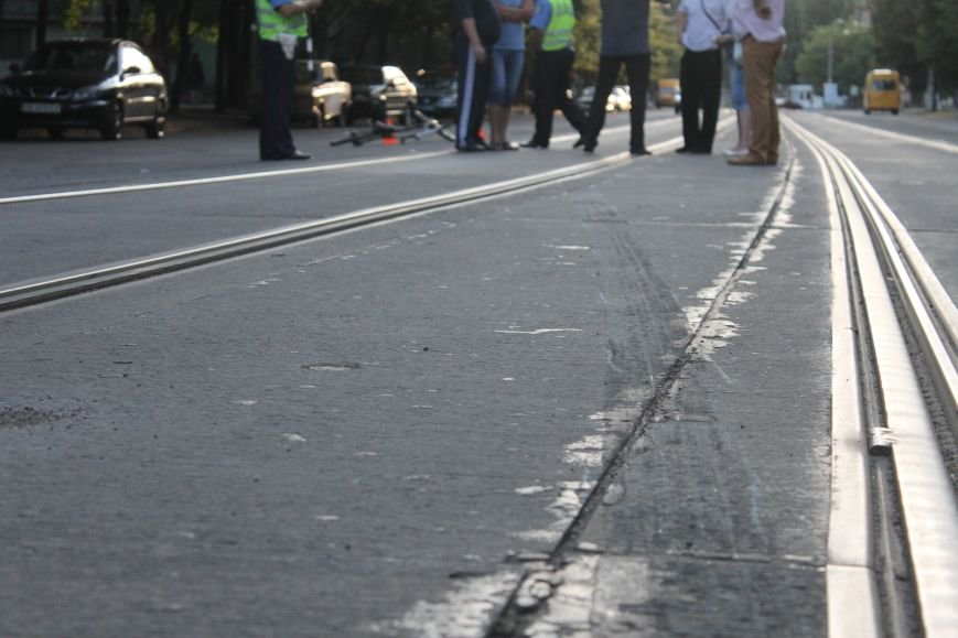 В Кривом Роге ребенок на велосипеде попал под колеса  «Chevrolet» (ФОТО), фото-8