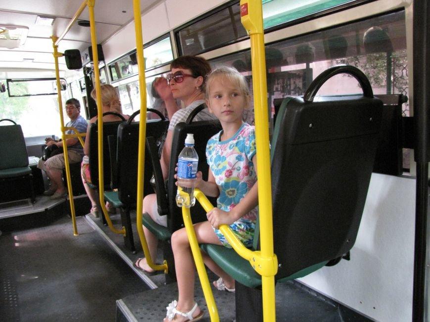 В Феодосии на маршруте №1 новые автобусы (Фото), фото-2