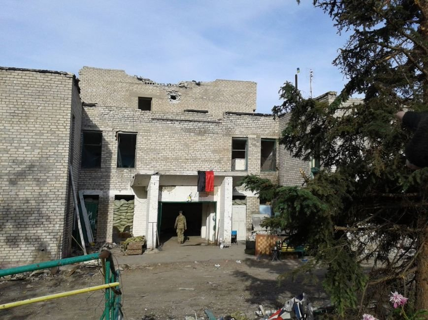 Жители Мариуполя поехали доказывать Киеву, что стратегические высоты оставлять опасно (ФОТО), фото-3