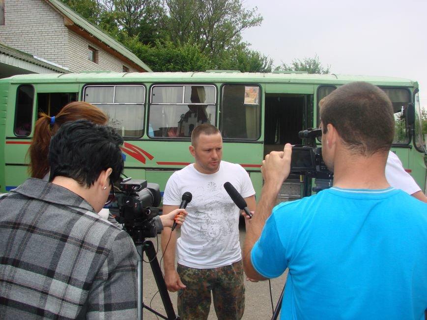 Калуш вже вп'яте відправляє бригаду будівельників на Схід (ФОТО) (фото) - фото 2