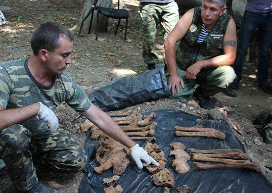 В Севастополе на территории воинской части найдены останки 14 советских воинов (ФОТО), фото-3
