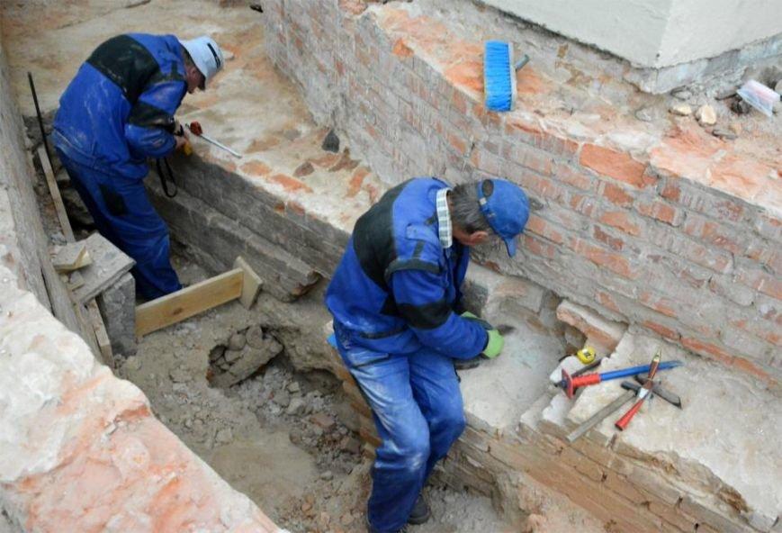 Археологи Львівської політехніки досліджують саркофаг із ймовірними останками сина, князя Київської Русі (ФОТО) (фото) - фото 2