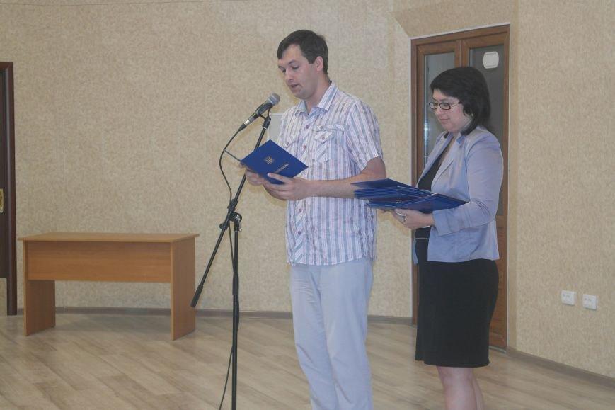 В ДонНТУ Красноармейска дипломы сегодня вручили дважды (фото) - фото 3