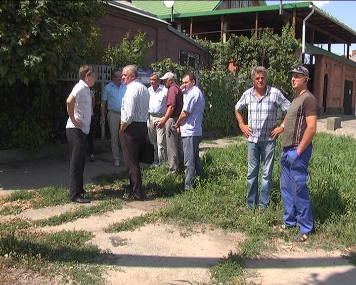 Представители администрации проконтролировали соблюдение графика работ на Ефремовском путепроводе (фото) - фото 1