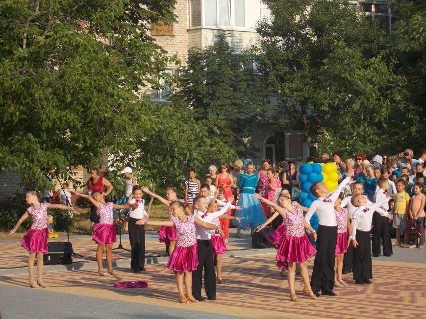 В Бердянске открыли обновленную часть бульвара Гайдара (фото) - фото 2