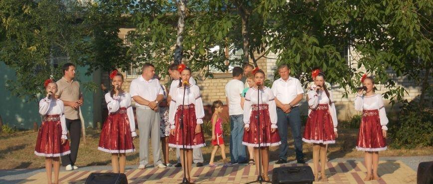 В Бердянске открыли обновленную часть бульвара Гайдара (фото) - фото 1