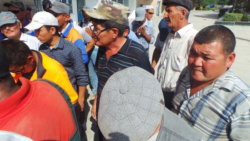 Коммунальный пикет прошел у акимата Актау, фото-5