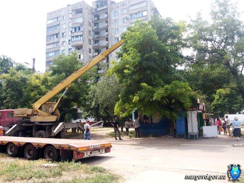 В Мариуполе демонтировали незаконные торговые киоски (ФОТО), фото-2