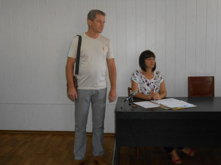 Заводской районный суд Днепродзержинска отменил действие повышенных тарифов на проезд (фото) - фото 1