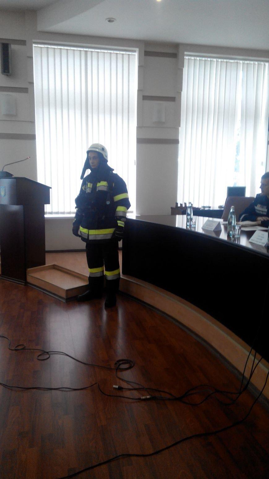 Зачем главный спасатель страны приезжал в Краматорск (ВИДЕО) (фото) - фото 1
