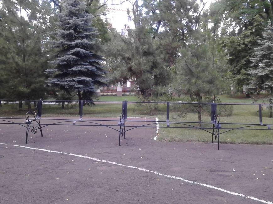 В Городском саду Мариуполя установят самую длинную скамейку (ФОТО), фото-3