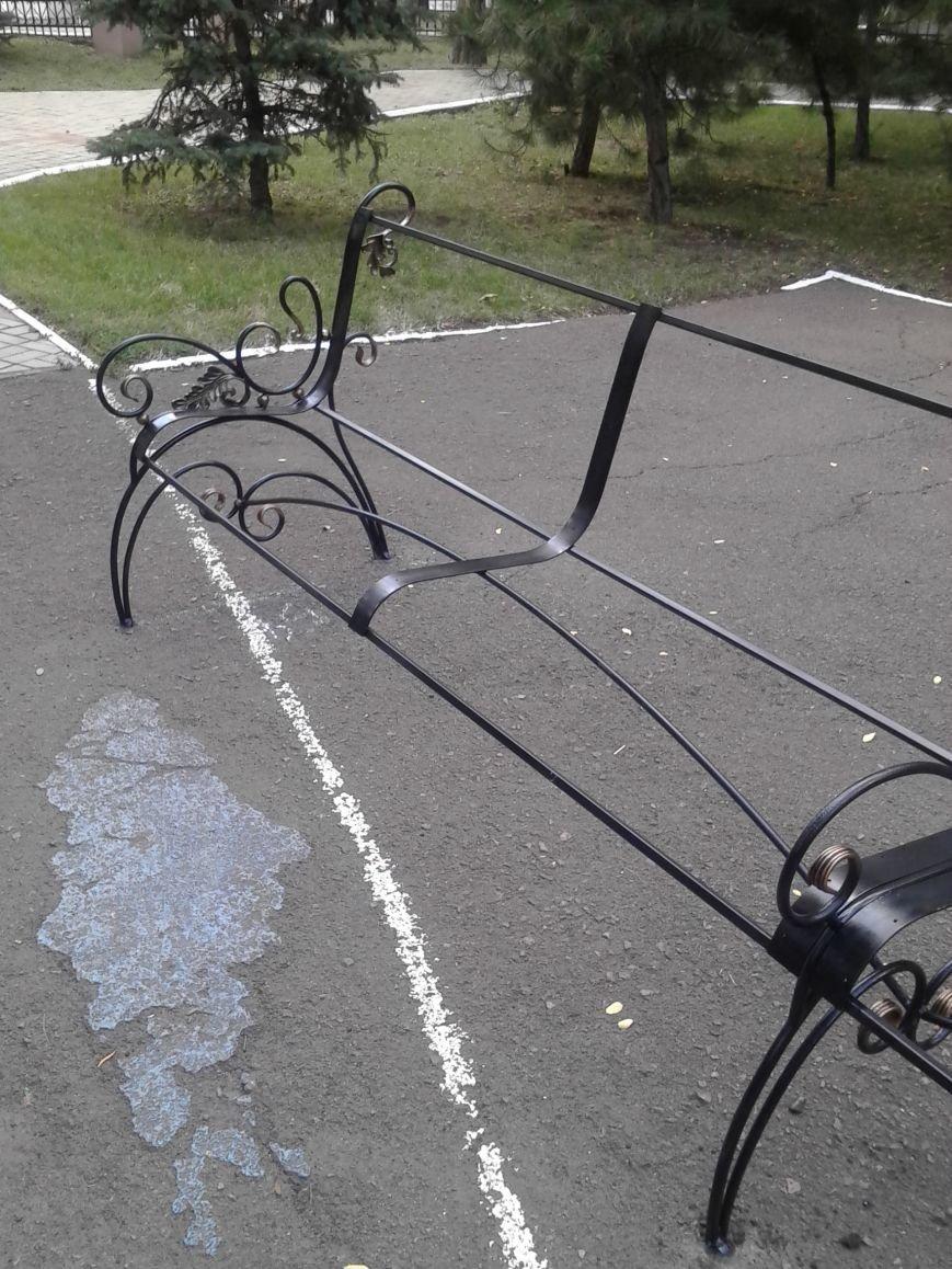 В Городском саду Мариуполя установят самую длинную скамейку (ФОТО), фото-2
