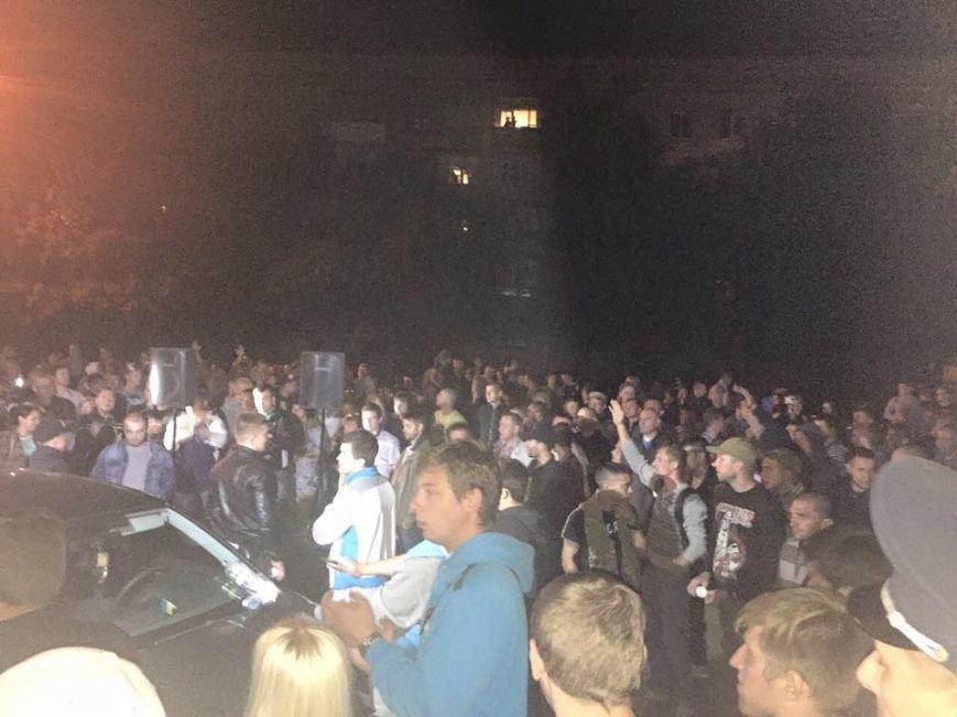 Ночью в Чернигове «воевали» штабы двух кандидатов, фото-1