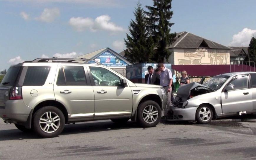 На Прикарпатті поблизу села Пійло трапилася ДТП. Одна людина у реанімації (ФОТО) (фото) - фото 7